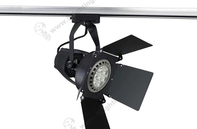 Track Lighting with Barn Doors - 15W - 1